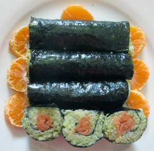 recycled spinach risotto and salmon sushi roll