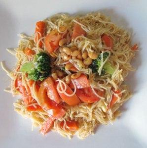 vegetarian mee siam goreng