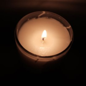 100T1367-candle